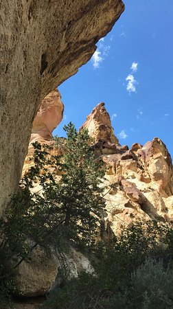 Jordan Valley, OR: Leslie gulch May 2017