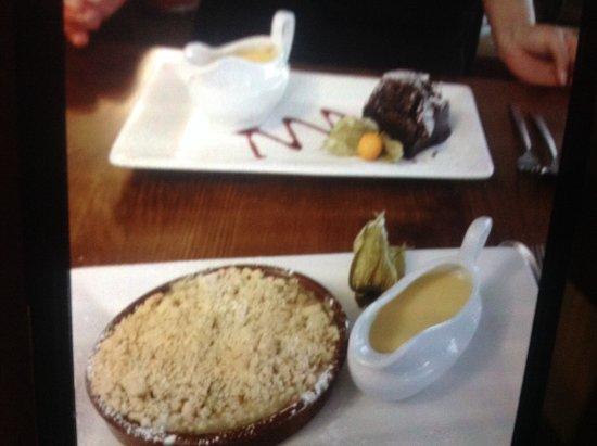 Congleton, UK: Delicious desserts
