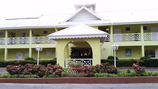 Bay Gardens Hotel: 20170522_181231_large.jpg