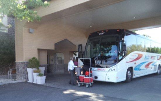 Fallon, NV: They handle bus luggage