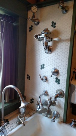 Centralia, Вашингтон: Women's room sink