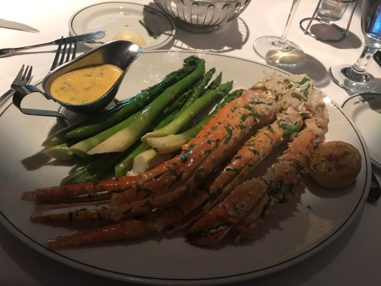 Truluck's Restaurant: Amazing food and service