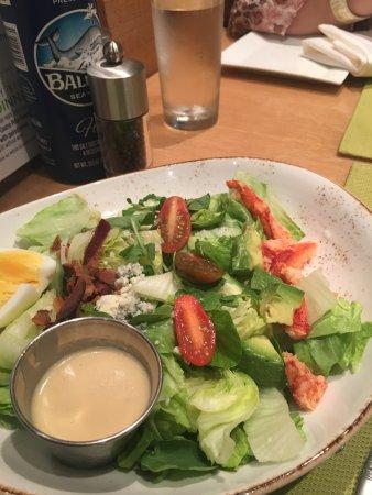 East Islip, Estado de Nueva York: Lobster Cobb Salad
