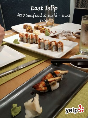 East Islip, Нью-Йорк: Montauk Roll and Volcano Two Sushi Roll