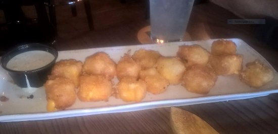 Eau Claire, WI: Love these cheese curds!
