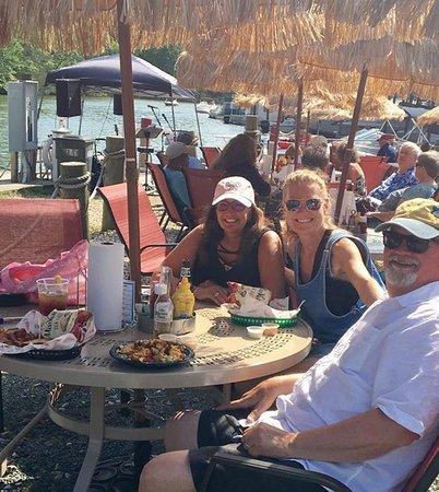 Moneta, Вирджиния: Sunny Sunday Afternoon