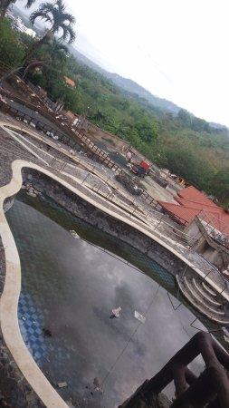 Sol Y Viento Mountain Hot Springs Resort: One of 6 under construction pools