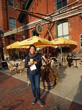 Distillery Historic District: Café Balzac