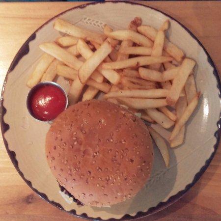 Laugarvatn, Island: Delicious burger
