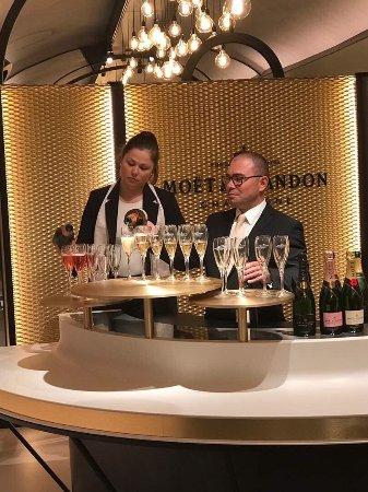 Moet et Chandon Champagne Cellars: photo0.jpg