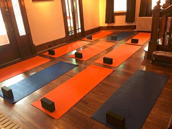 Cumberland, MD: Rising Sun Yoga & Art - 1 of 3 yoga practice areas
