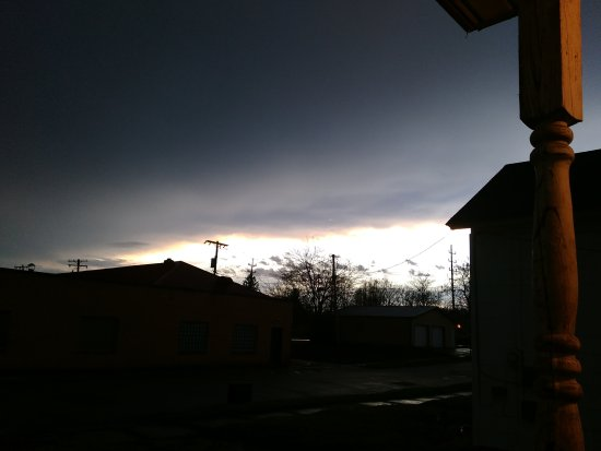 Connersville, IN: stormy  evening