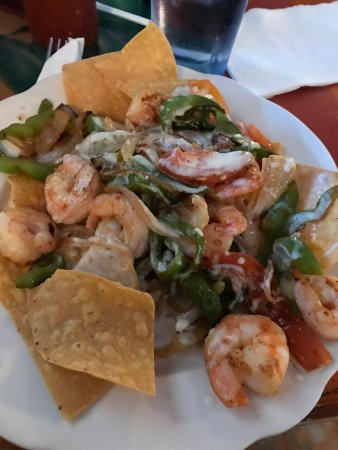 Bowling Green, MO: Shrimp Nachos are my absolute favorite!