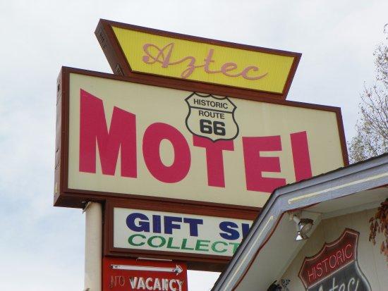 Aztec Motel & Gift Shop: Hotel Sign