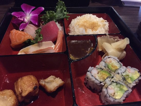 Medina, OH: my bento, slightly altered from its initial presentation because I was too hungry!