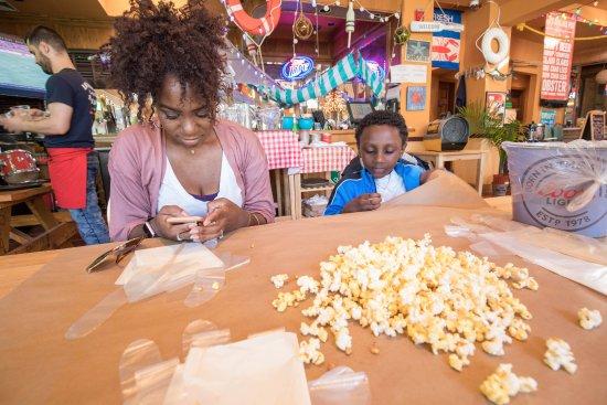 Fort Lee, NJ: Popcorn!!!