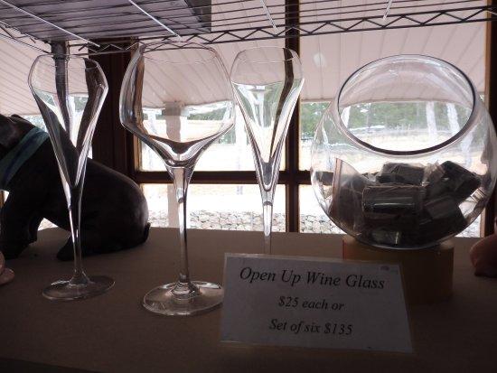 Pokolbin, Australia: 美しいワイングラスたち・・・