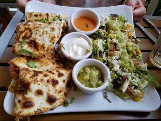 Sunshine Grill: Chicken Quesadillas