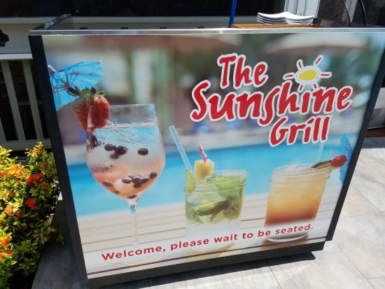 Sunshine Grill: Store Front
