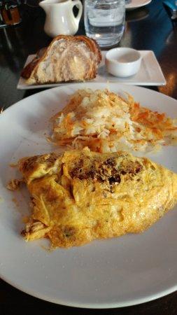 Hyatt Regency Albuquerque: Chorizo Omelette Hyatt Albuquerque