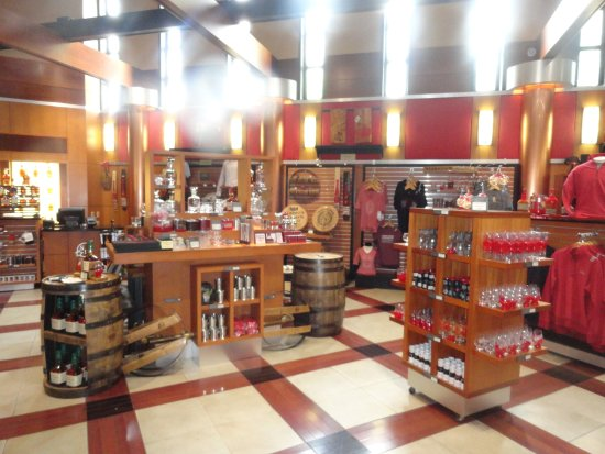 Loretto, KY: Makers Mark Gift Shop