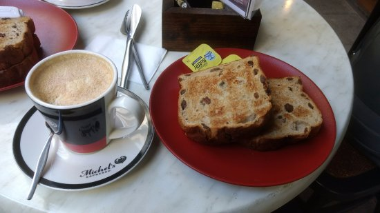 Mascot, Australia: Chai Latte with Raisin Toast served with butter