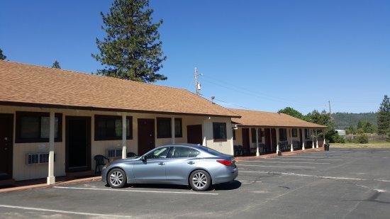 Burney Motel: 20170522_095853_large.jpg