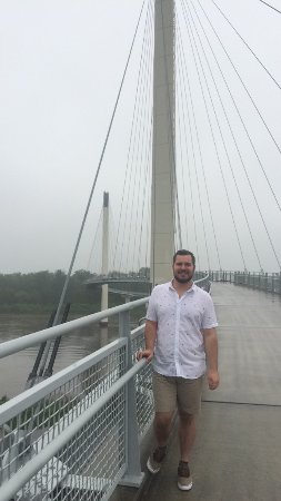 Bob Kerrey Pedestrian Bridge : quick snapchat photo