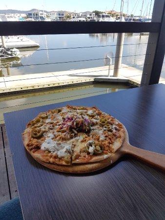 Hope Island, Australia: Boardwalk Restaurant and Sports Bar