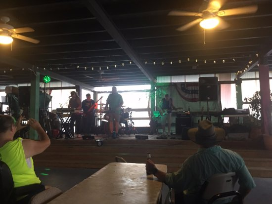 Crystal Beach, TX: The Crossroads band. A good band with good sets.