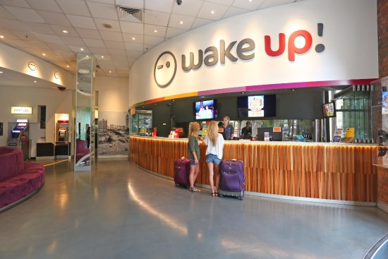 wake up sydney c 1 0 2 c 91 updated 2018 prices. Black Bedroom Furniture Sets. Home Design Ideas