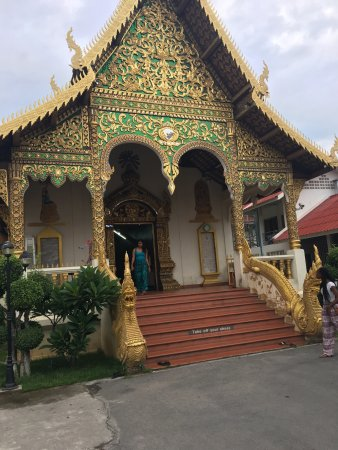 Wat Chiang Man: photo4.jpg