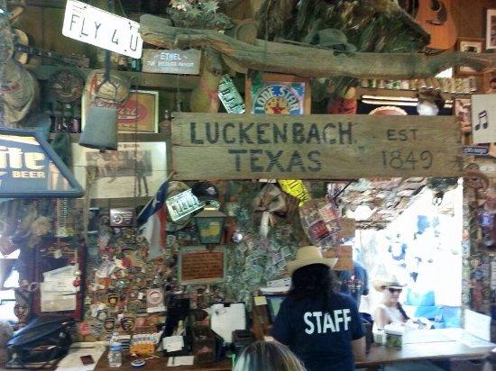 Luckenbach, เท็กซัส: photo1.jpg