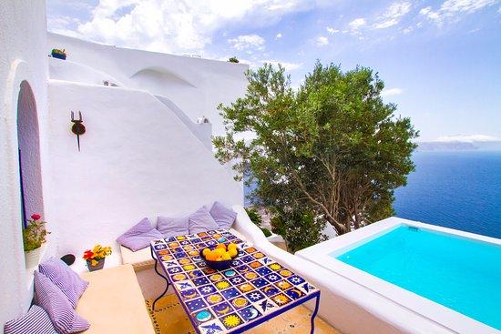 Ifestio Villas: Private pool in villa Agis