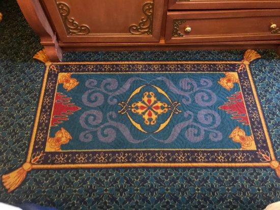 royal room - disney decor on the rug - the flying rug from aladdin