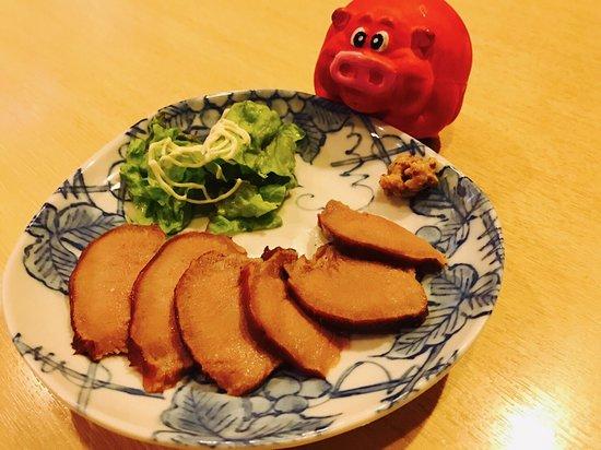 Tonsaiya Fukushimaten: 豚タンの燻製¥¥480