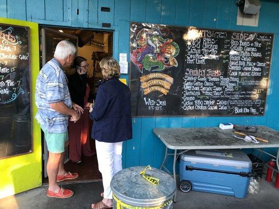 Petaluma, Californien: Here's the menu board. Everything Faron makes is great!