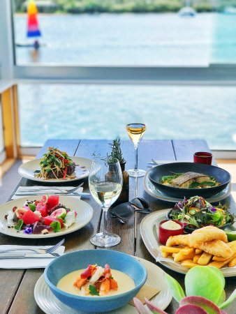 Noosa Boathouse & Sunset Bar: Fresh local produce and absolute waterfront dining on the Noosa River