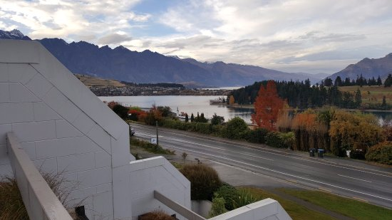 Copthorne Hotel & Apartments Queenstown Lakeview: From your room every morning