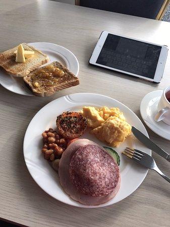 Kirkjubaejarklaustur, Islanda: Breakfast