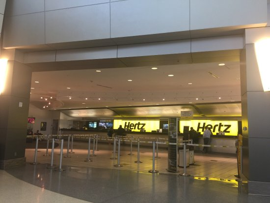 Hertz Atlanta Airport >> Hertz Car Rental At Mccarran Airport Review Of Hertz