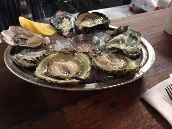 Depot Eatery & Oyster Bar: photo0.jpg