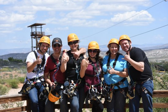 Camp Verde, AZ: Me and my excited friends, after we did a few zip lines!