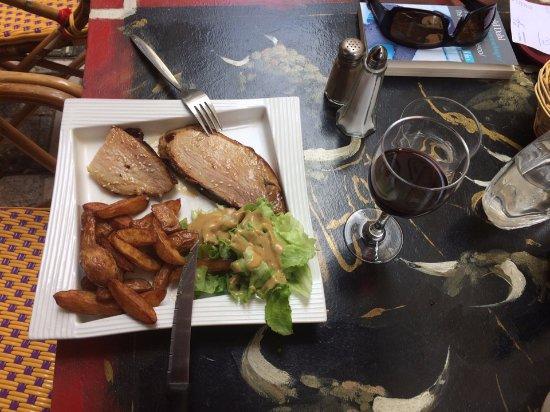 Auch, Frankreich: Plat du Jour Pork Loin