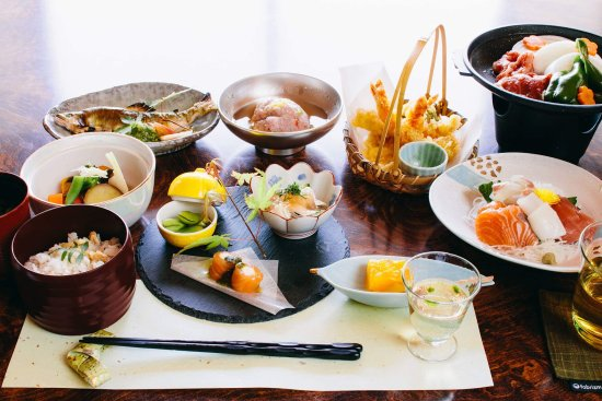 Ikoma, Japan: 料理旅館 城山