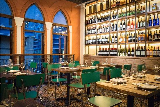 Maison libanaise hong kong central restaurant reviews for Maison prefabriquee liban