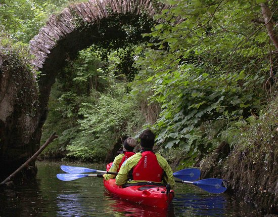 Kenmare, Ireland: getlstd_property_photo