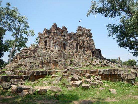 Battambang, Cambodia: Ek Phnom Temple