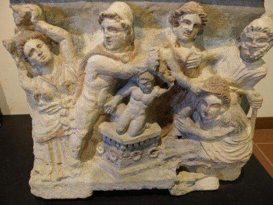 Ipogeo dei Volumni e Necropoli del Palazzone: REPERTI ETRUSCHI
