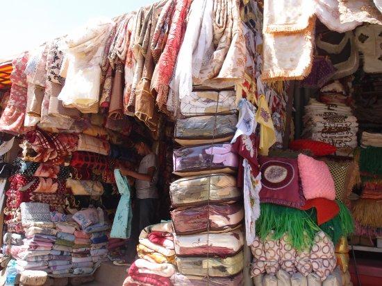 Chiromeda Market